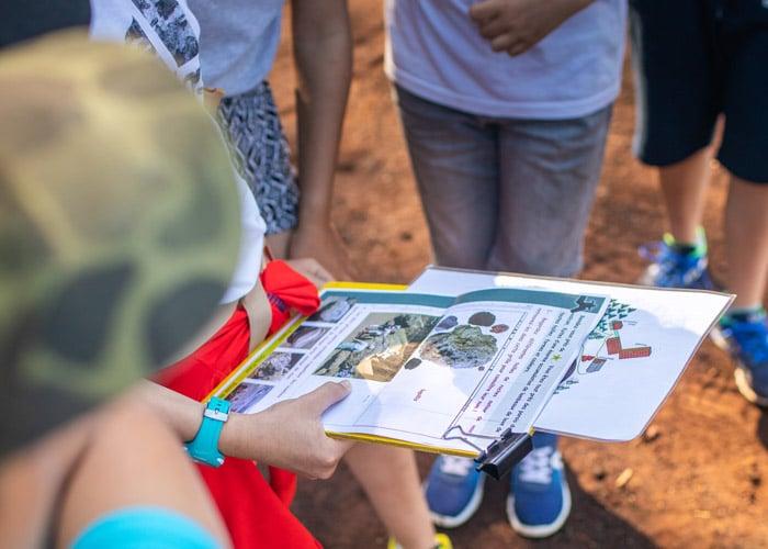 Outils Visite scolaire niveau cycle 3 au volcan de Lemptégy en Auvergne